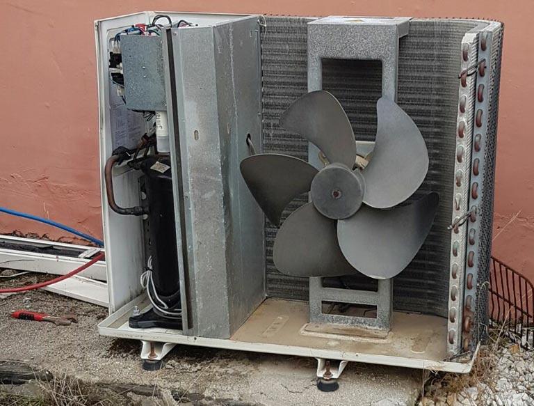 Revisión y Reparación de Aire Acondicionado